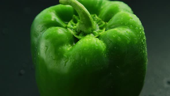 Thumbnail for Closeup of Wet Green Pepper