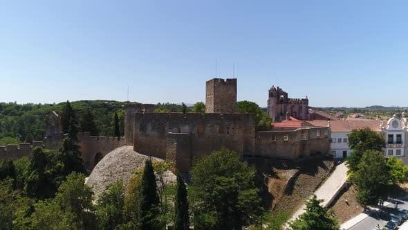 Cover Image for Aerial Footage of Templars Castle an Convent of Christ in Tomar, Portugal