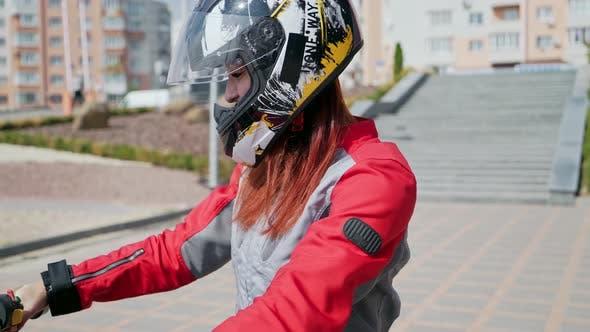 Thumbnail for Fashion Weibliche Biker