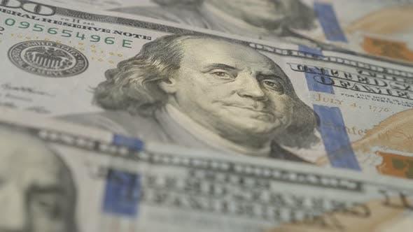 Thumbnail for Panning über Vereinigte Staaten Papierwährung 4K 2160p 30fps UltraHD-Filmmaterial - Close-up Dollar baknotes