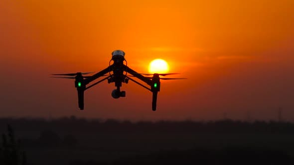 Thumbnail for Copter Removes a Beautiful Landscape at Sunset