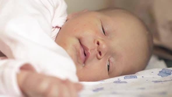 Newborn Baby Falling Asleep After Feeding