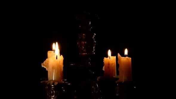Kerze im Vintage Kerzenständer