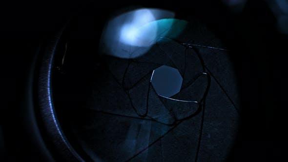 Thumbnail for Kamera-Blades öffnen und schließen