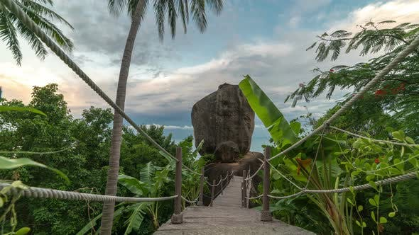 Cover Image for A bridge to a huge stone on the Lamai Beach in Thailand