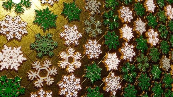 Rotating Golden Snowflakes Glitter 25