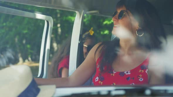 Thumbnail for Passengers entering a van
