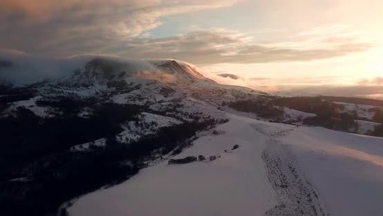 Thumbnail for Avalanche on Tordrillo Snowy Mountain Peak / Psebai, Russia