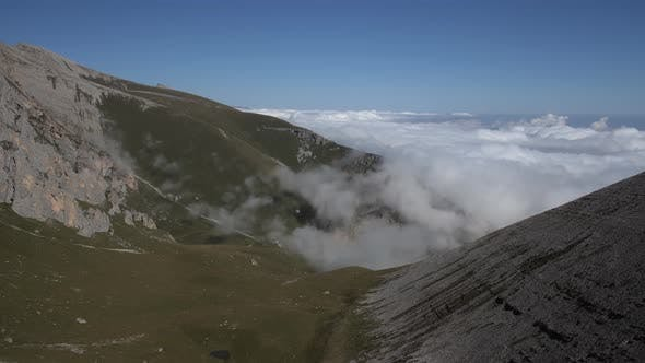 Thumbnail for Time Lapse of Fog Shimmers in a Mountain Valley