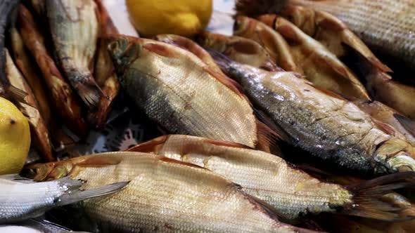 Hot or Cold Smoked Fish Dried and Dried
