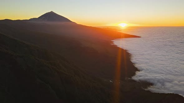 Thumbnail for Aerial Hyperlapse of Sunset Near Teide, Tenerife