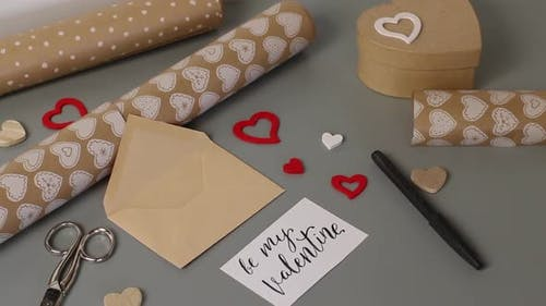 BE MY VALENTINE card for valentine's day gift