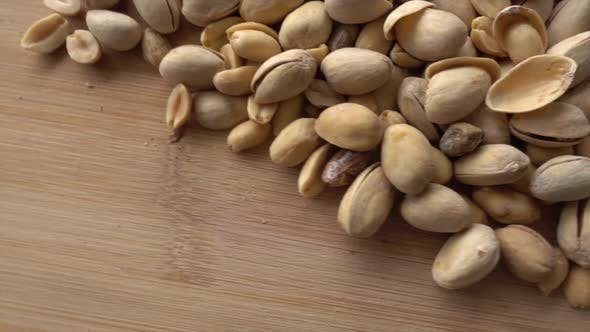 Cover Image for Pistachios Gyrating