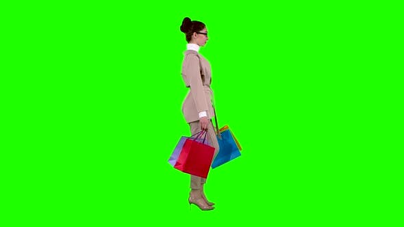 Thumbnail for Girl Goes Shopping in the Store. Green Screen