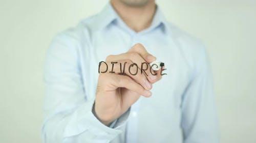 Divorce, Writing On Screen