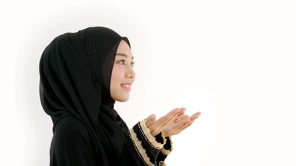 Thumbnail for Asian Muslim Woman Praying at Home