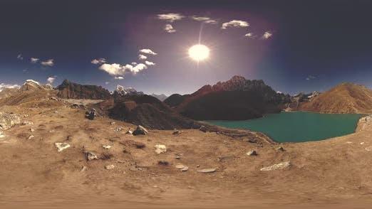 Thumbnail for VR Timelapse Gokyo Ri Bergsee in der Wintersaison. Wilde Himalaya High Altitude Natur und