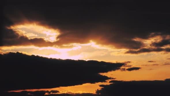 Sun Sunshine Through Sunset Sky