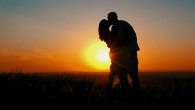 Silhouette Romantic Relationships