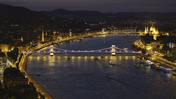 Thumbnail for Stunning Evening View of The Szechenyi Chain Bridge in Budapest, Hungary