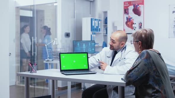 Green Screen Consultation at Doctor