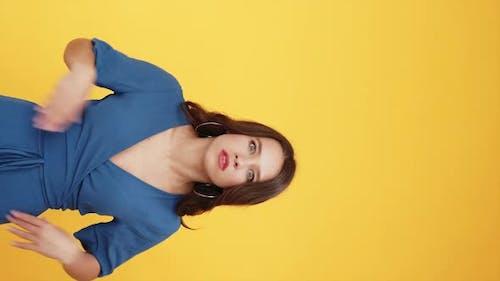 Annoyed Woman Relationship Quarrel Girl Arguing