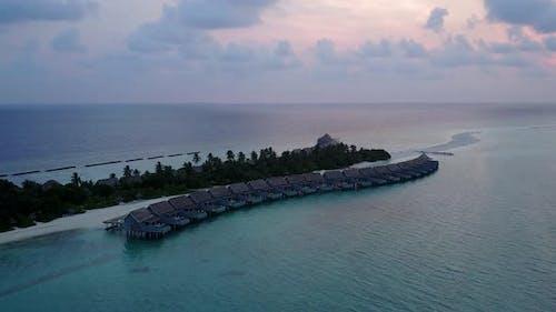 Drohne landschaft des Lagunenstrands von Lagune mit Sandhintergrund