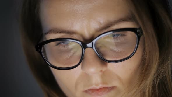Cover Image for Woman Face While Browsing Internet
