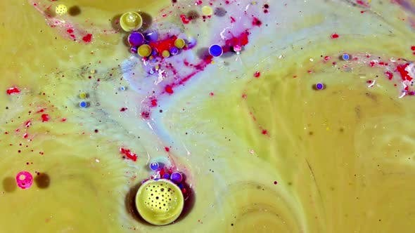 Thumbnail for Colorful Ink Spheres On Oil