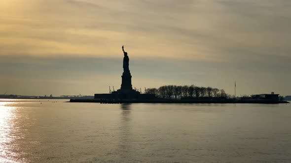 Thumbnail for Approaching the Statue of Liberty By Boat, USA