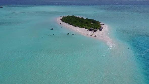 Thumbnail for LuftDrohne Panorama der tropischen Küste Strand von Lagune mit Sand Hintergrund