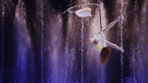 Aerial acrobatics on hand loop