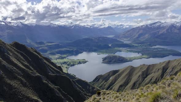 Timelapse Roys Peak a popular hiking destination