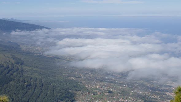 Thumbnail for Hyperlapse of Clouds Over Puerto De La Cruz, Tenerife