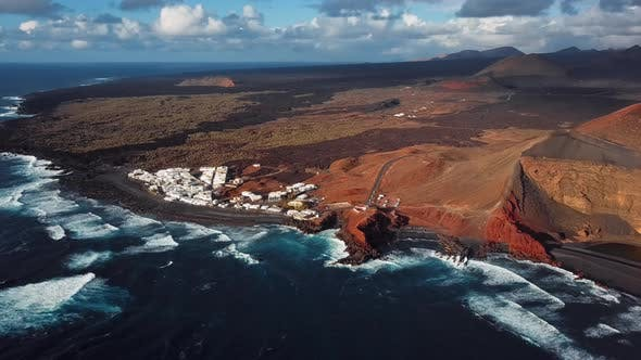 Cover Image for Flying Over Volcanic Lake El Golfo, Lanzarote, Canary Islands.