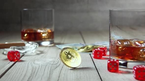 Thumbnail for Spinning Bitcoin und zwei Highballs Whiskey