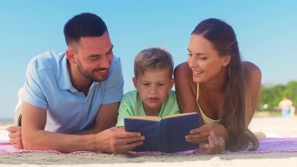 Thumbnail for Familien-Lesebuch am Sommerstrand