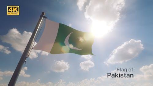 Pakistan Flag on a Flagpole V2 - 4K
