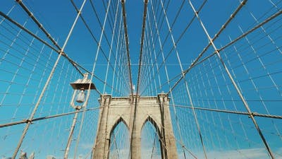 Walk on the Brooklyn Bridge, First-person View
