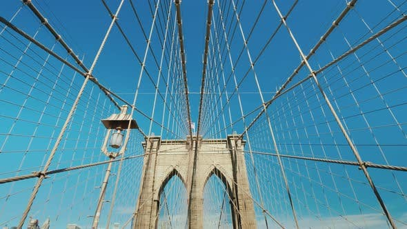 Thumbnail for Walk on the Brooklyn Bridge, First-person View