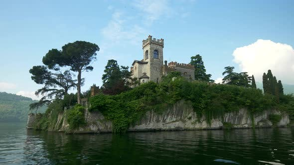 Thumbnail for An island with a castle in an Italian lake.