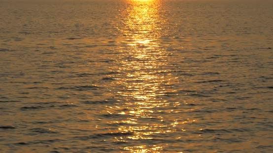 Thumbnail for Sunset light on the lake