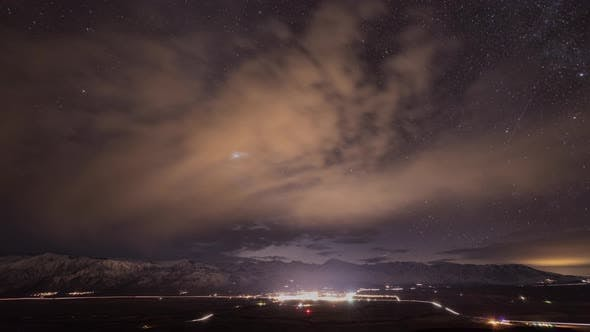 Thumbnail for Beautiful Time Lapse Of The Night Sky.