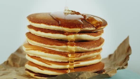Thumbnail for Pancake with honey syrup