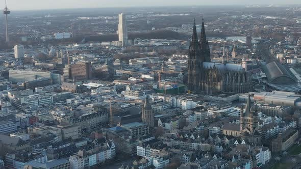 Cover Image for AERIAL: Wide Shot of Cologne Germany From the Air with Majestic Cathedral on Sunny Day