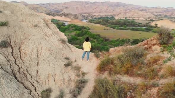 Girl Enjoy Panoramic View In Mjniskure