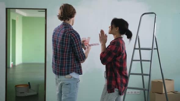 Renovation Diy Couple Choosing Paint Colors