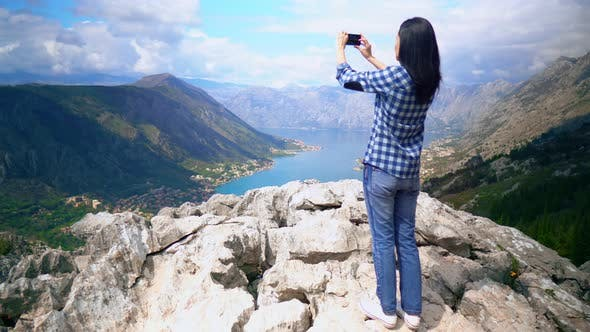 Thumbnail for Cute Brunette Spends Time in Mountain