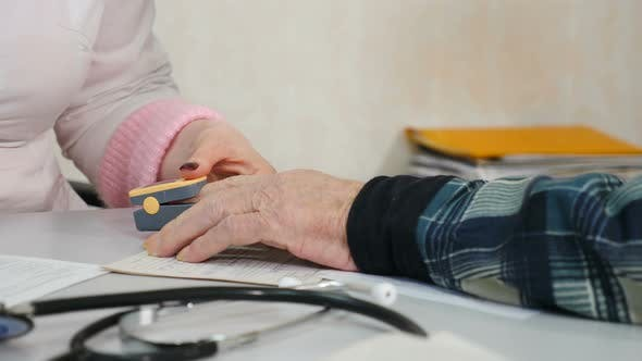 Measurement of Situation on Finger Breath Problem