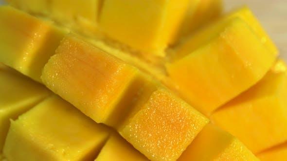 Thumbnail for Mango Rotation    Clip 01